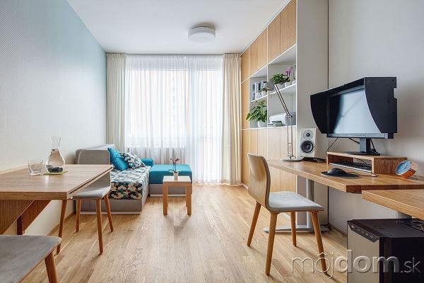 Aj do malého bytu môžete šikovnou rekonštrukciou vtesnať všetko dôležité